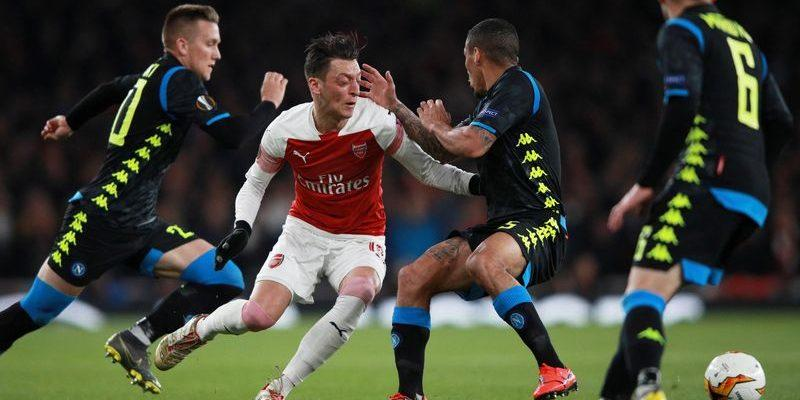Наполи – Арсенал. Прогноз на матч 18.04.2019